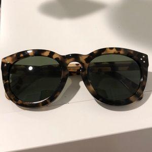Tortoiseshell 💥 CELINE sunglasses